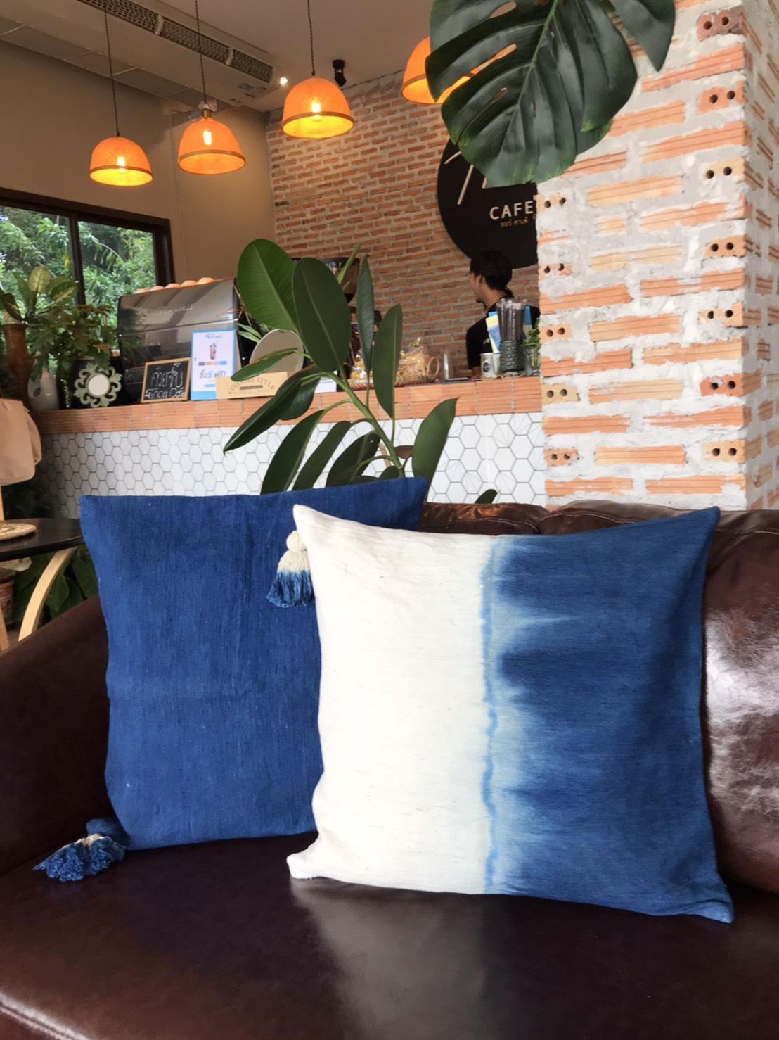 'Sichol' cushion-sleeve