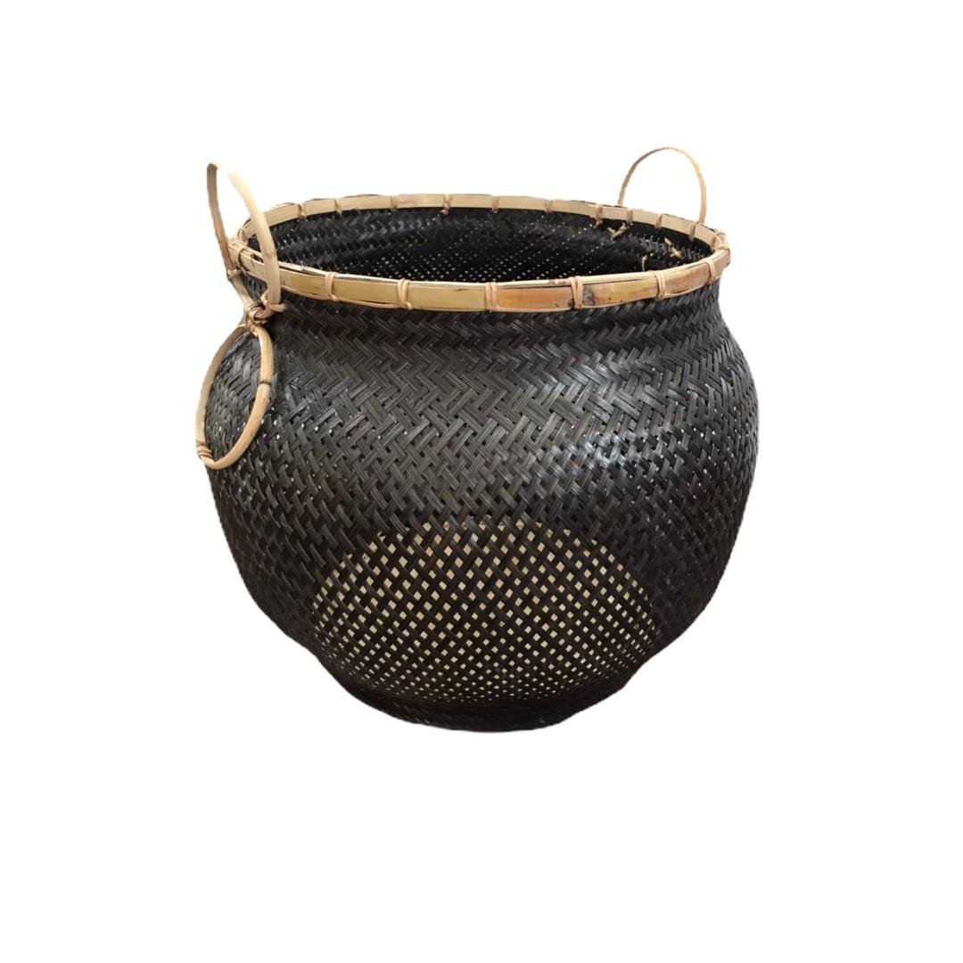 'POT' Balck Vase shape