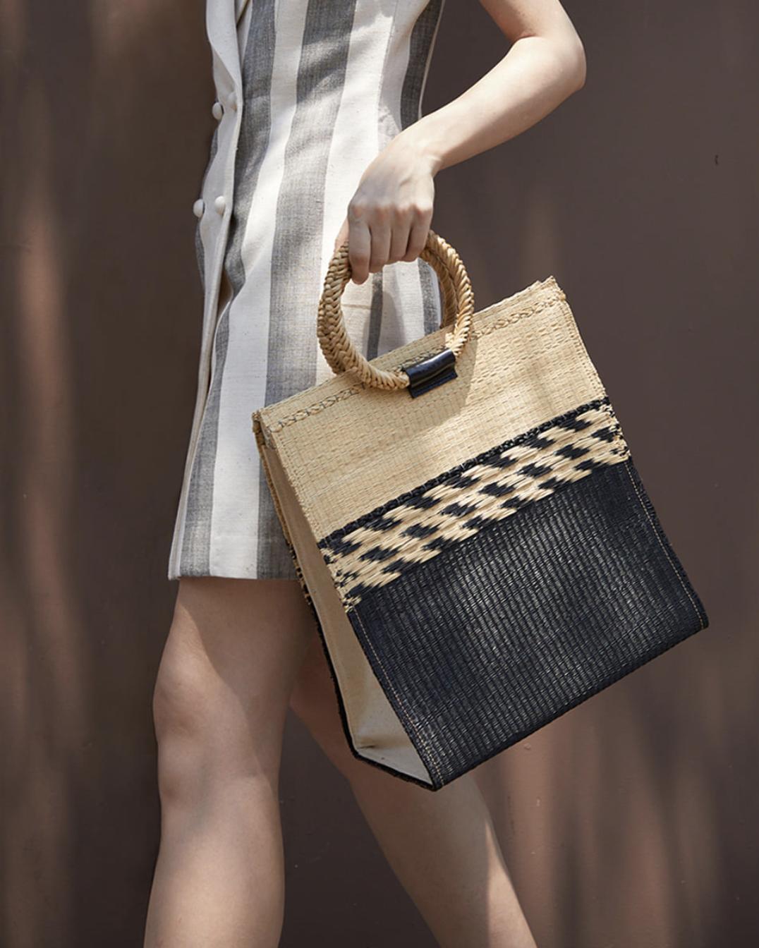 Kate Bag Black Size M BG-98