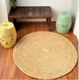 'Round' mat